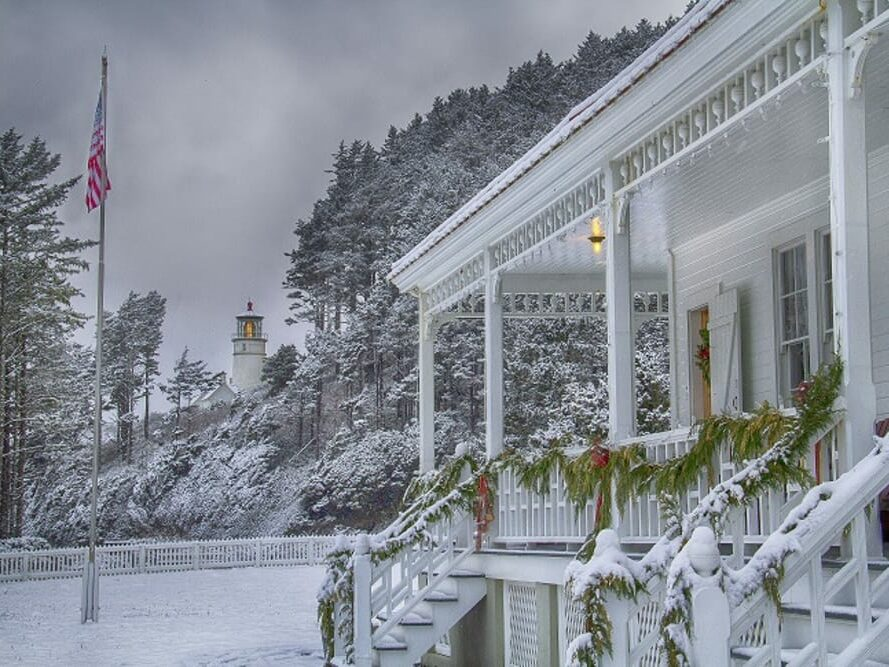 22nd Annual Victorian Christmas Open Houses, Heceta Lighthouse B&B
